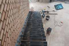 stalen frame zwevende trap